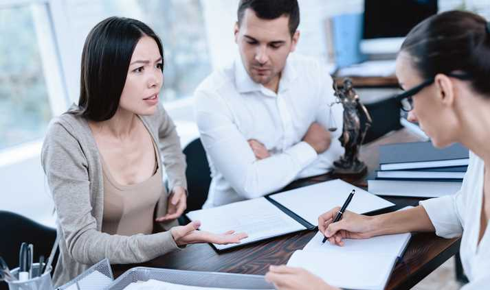 What Things Should I Consider About Hiring a Startup Lawyer